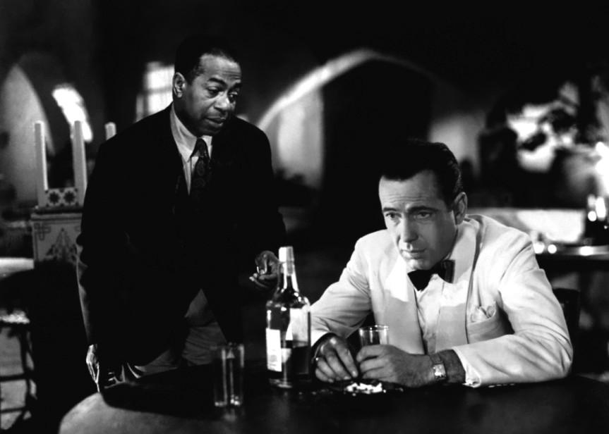 Dooley-Wilson-and-Humphrey-Bogart-in-Casablanca-1942